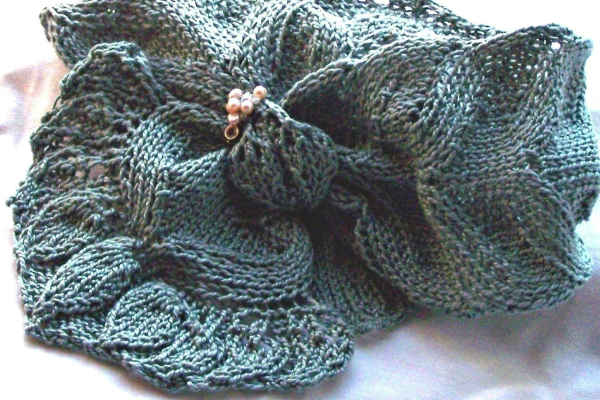 Easy Summer Scarf Knitting Patterns Feature Image