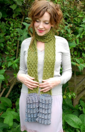 Knitted Scarf With Pockets