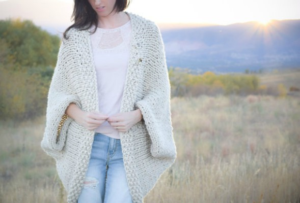 Simple Shrug Knitting Pattern Feature Image