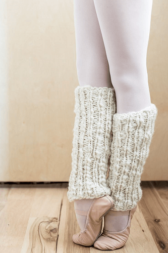 One Skein Knit Leg Warmers Pattern by Flax And Twine