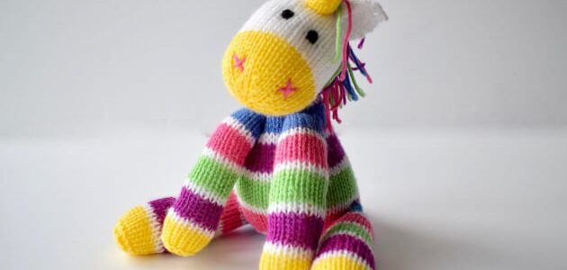 Aurora-the-Unicorn-toy-knitting-pattern-by-Fluffandfuzz