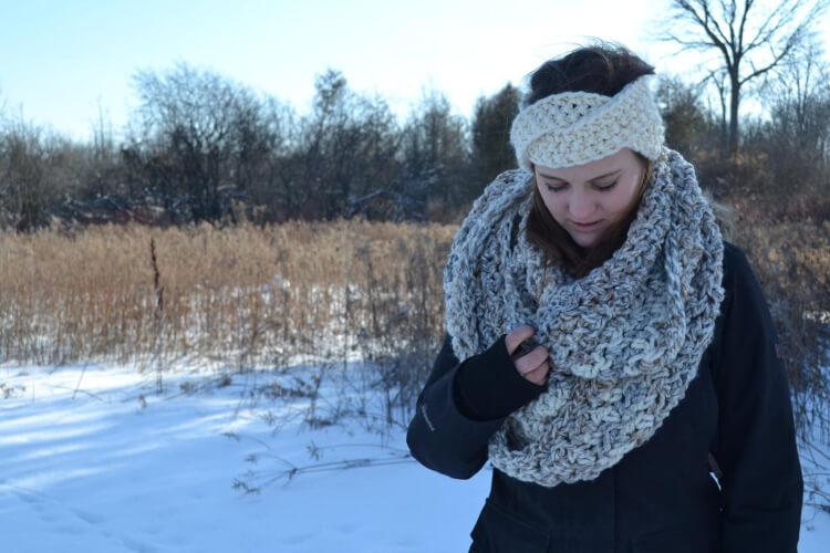 Alaskan Knot Knitted Headband Pattern by whiteowlcrochetco