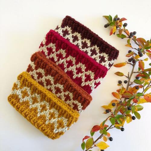 Mountain Star Knitted Headband Pattern by NativeStitch