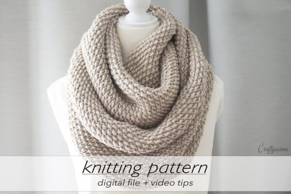 2 Sizes Seed Stitch Infinity Scarf Knitting Pattern by Craftyssimo