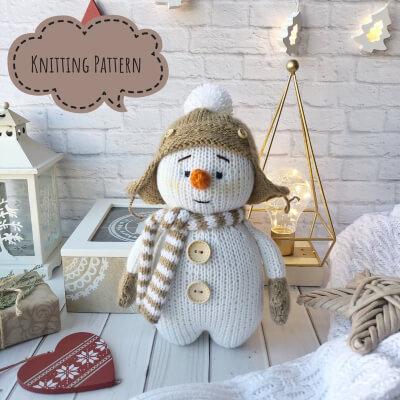DIY Snowman Knitting Pattern by YaiGrushka