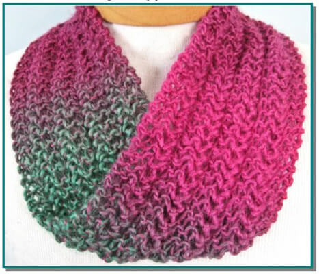 Easy Knit Infinity Scarf Pattern for beginners by KnittyDebby