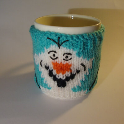 Knitted Snowman Mug Cosy Pattern by COSiePLAY
