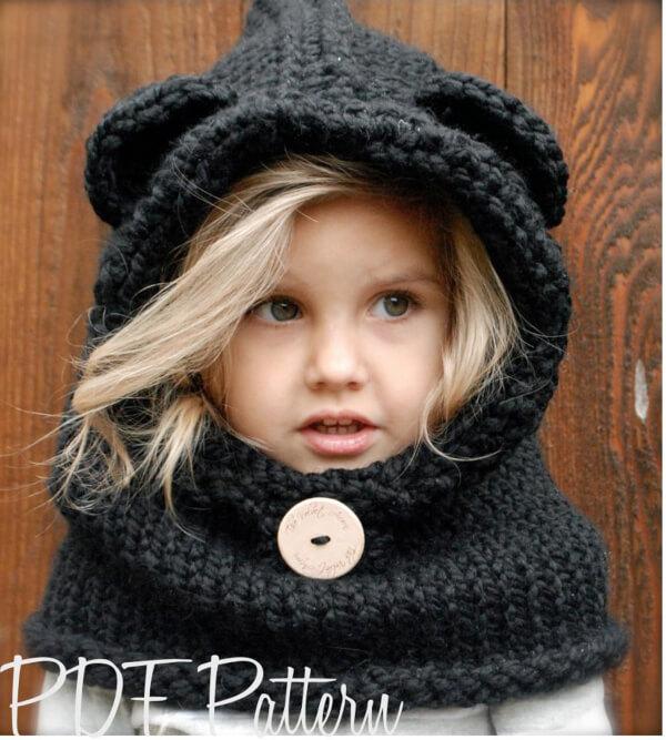 Burton Bear Cowl Knitting Pattern by The Velvet Acorn