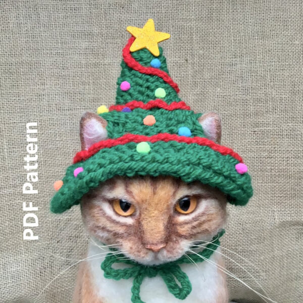 Cat Hat Christmas Tree Knitting Pattern by OonaPatterns