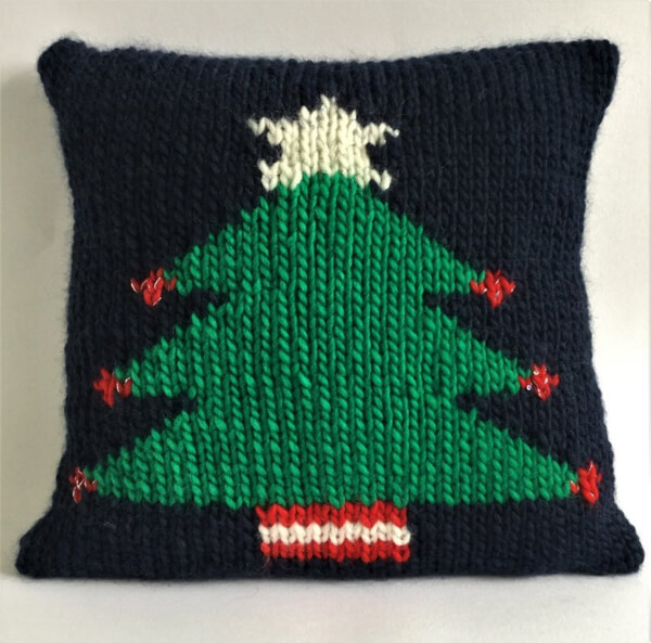 Christmas Tree Cushion Cover Pattern by TheLonelySea