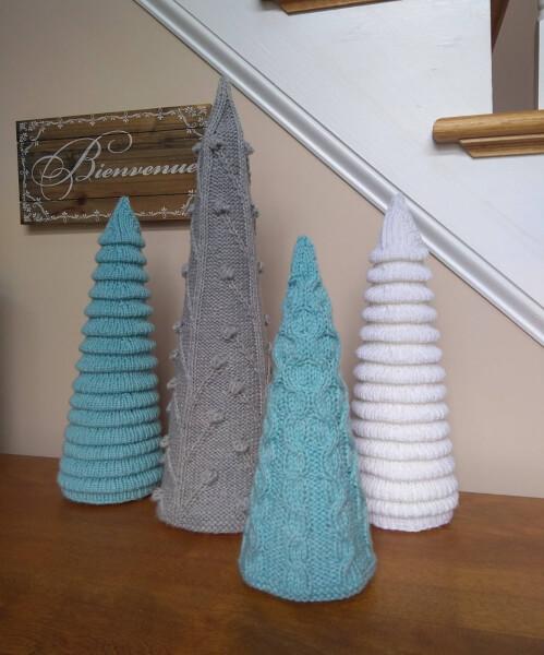 Christmas Tree Knitting Pattern by lavenderhillknits