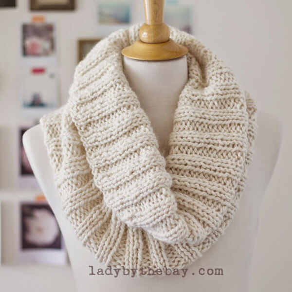 Cozy Ribbed Scarf Pattern from Lady by the Bay