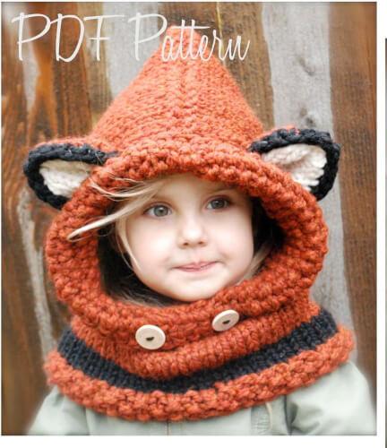 Failynn Fox Knitted Cowl Scarf Pattern by Thevelvetacorn