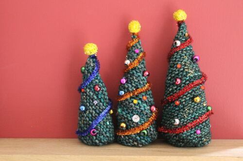 Knitted Christmas Trees Pattern from The Twisted Yarn