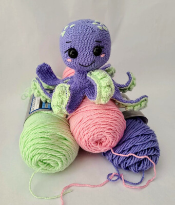 Baby Octopus Knit Pattern by Violets and Heather