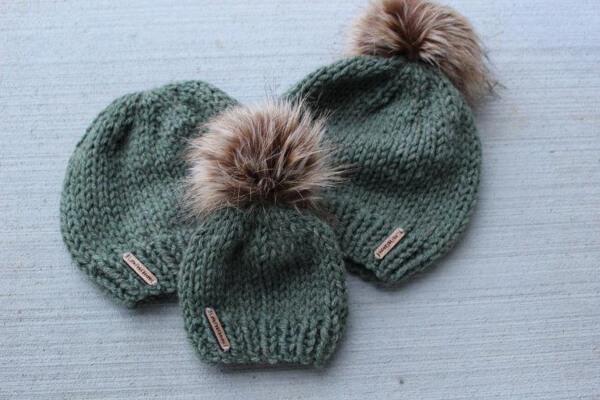 Easy Knit Beanie Pattern by LittlePinkRibbons
