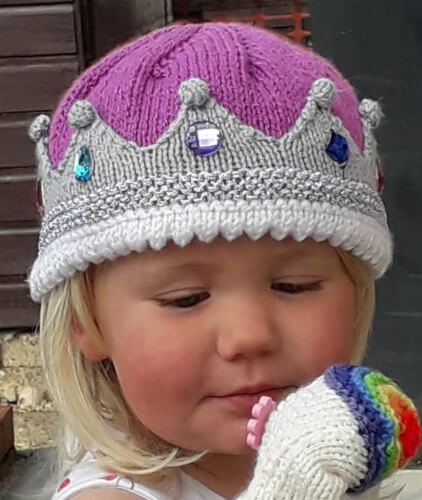 The Royal Beanie Knitting Pattern by LittleImaginKnits