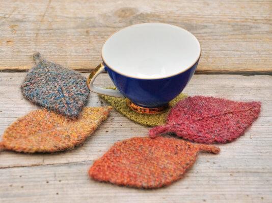 Autumn Leaves Knitting Pattern by Elvesworld