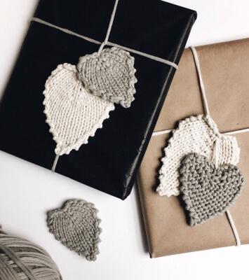Fall Leaves Knitting Pattern by WhistleAndWool