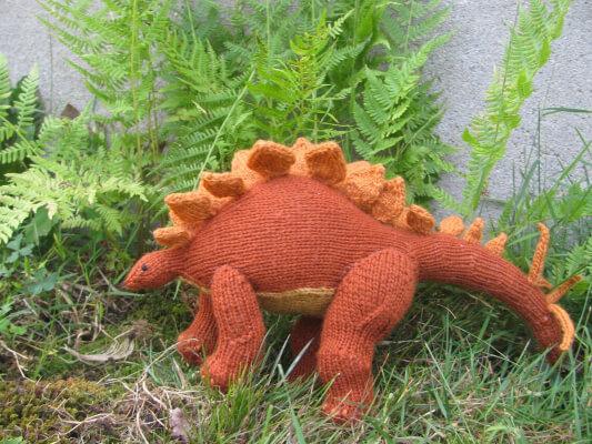 Stegosaurus Dinosaur Knitting Pattern by Dancing Triceratops