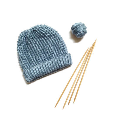 Newborn Baby Hat Knitting Pattern by ElainesCollection